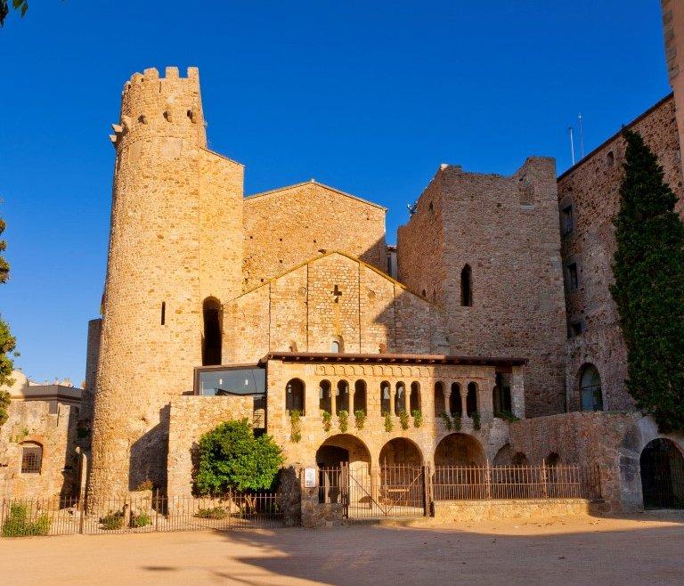 Visit gu xols 1 monast re pr s de la mer - Sant feliu de guixols office du tourisme ...